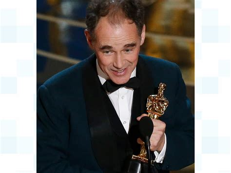 Lepaparazzi News Update Best Supporting Academy Award Winner Hudson by Oscars Rylance Wins Best Supporting Actor Itv News