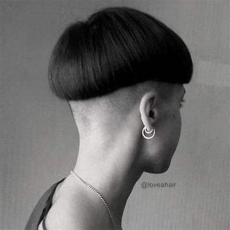woman chili bowl haircut bowlcut 2 bowlcuts mushrooms 1 pinterest photos