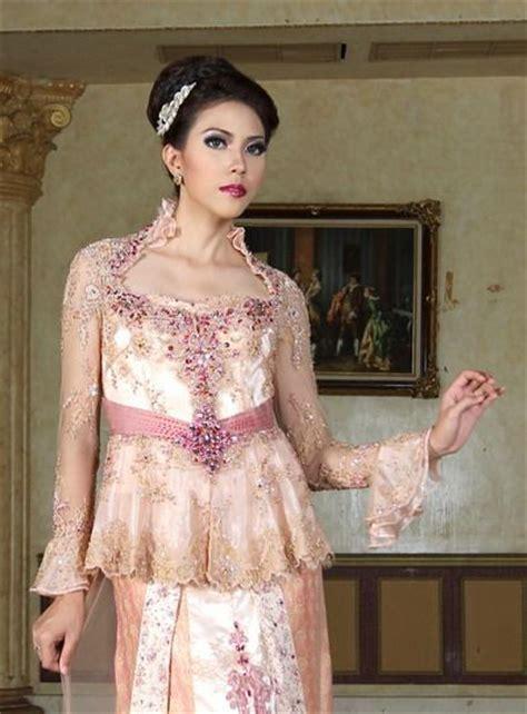 model kebaya muslim prada ivan gunawan 1000 images about kebaya on pinterest turquoise dress