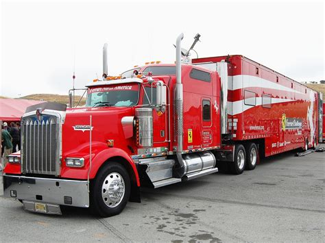 kenworth 18 wheeler for kenworth ferrari 18 wheeler in the same weekend 20 22