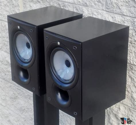 kef q15 bookshelf speakers photo 1045033 us audio mart