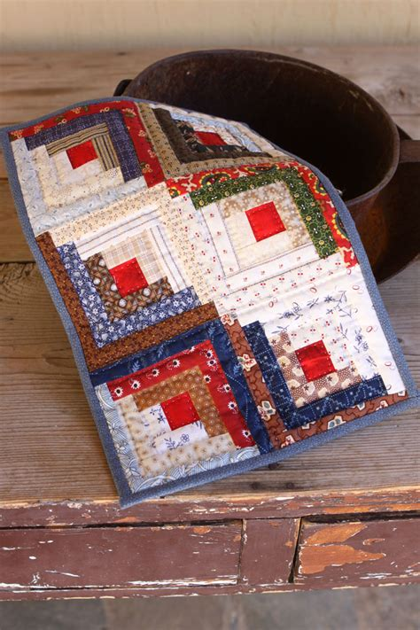 Quilting A Log Cabin Quilt by Mini Log Cabin Quilt