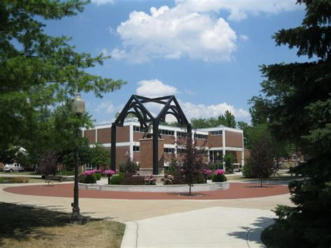 one bedroom apartments in findlay ohio 50 great affordable college towns in the u s great value colleges
