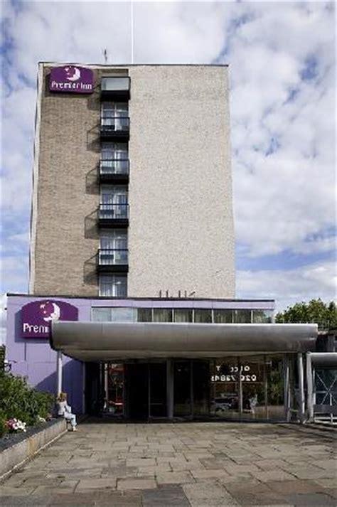 premier inn putney bridge premier inn putney bridge hotel reviews
