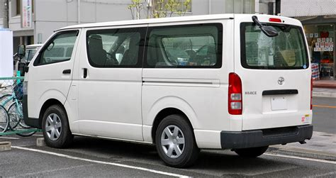 Toyota Hisce Car Images Toyota Hiace