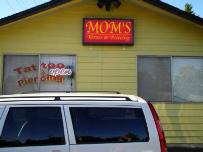 mom s house of pain mom s house of pain tattoo piercing tattoo shop bothell wa 98012