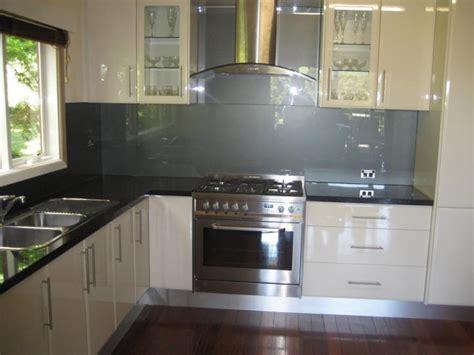kitchen splashback materials lake house
