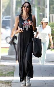 minnie driver embraces casual cool in maxi dress and