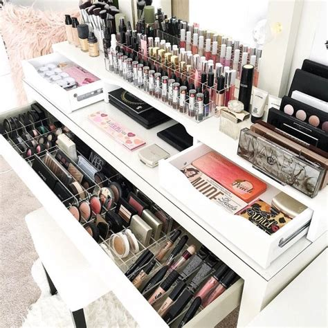 Organize Vanity Table 25 Best Ideas About Ikea Vanity Table On Pinterest Dressing Table Organisation Mirrored