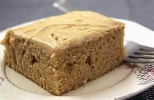 erdnussbutter kuchen peanut butter cake with peanut butter frosting choosing