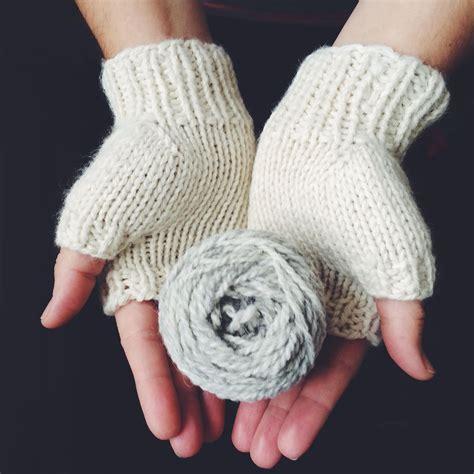 Josie White Knit wool and the josie gloves knit graffiti