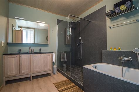 badkamer bad en inloopdouche inloopdouche in jouw badkamer dagmar buysse