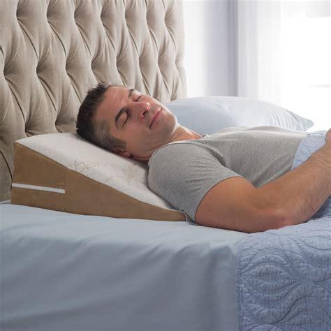 Sleep Wedge Pillow by The Traveler S Sleep Improving Wedge Pillow Hammacher