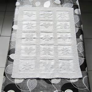 une couverture au tricot pour b 233 b 233 l atelier acidul 233