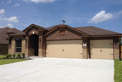 3 car garage homes rental in harker heights 3 car garage and 4 bedroom