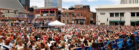 country music festival nashville schedule 9 reasons you need to get your butt to nashville this year