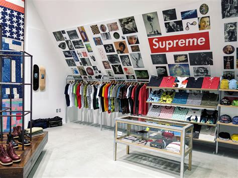 supreme clothing store supreme store pictures to pin on pinsdaddy