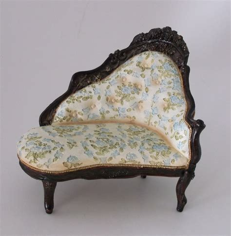 victorian fainting couch heavy victorian fainting couch sofa chaise dollhouse