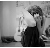 Crying Girl Sad Alone Lonely Cute