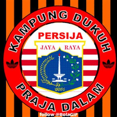 foto persija jakarta lengkap logo terbaru jak