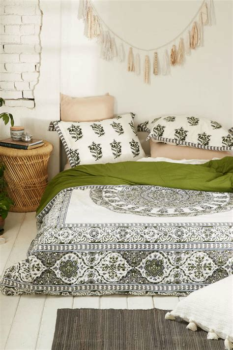 floor bedding 31 bohemian bedroom ideas decoholic