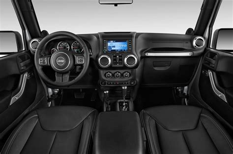new jeep wrangler interior comparison jeep wrangler unlimited sahara 2015 vs