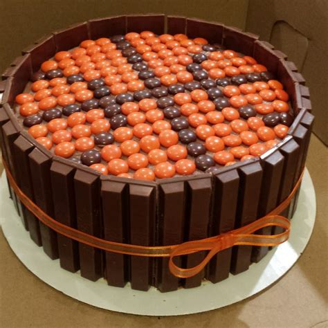basketball kuchen 25 best ideas about basketball birthday cakes on