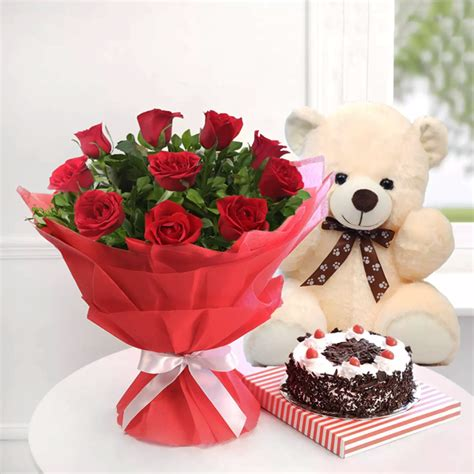 rosy combo red roses  teddy bear  store