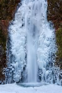 Frozen Waterfalls by Multnomah Falls Inspiration Photos