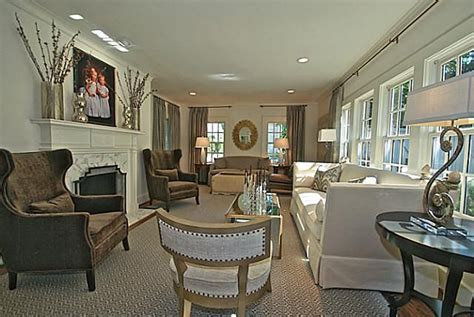 how to arrange a long narrow living room how to decorate arranging furniture in a narrow long