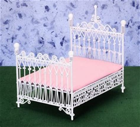 white wire bedroom furniture  scale page