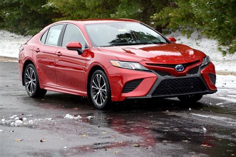 2019 Toyota Camry Se Hybrid by New 2019 Toyota Camry Hybrid Se 4d Sedan In Boardman