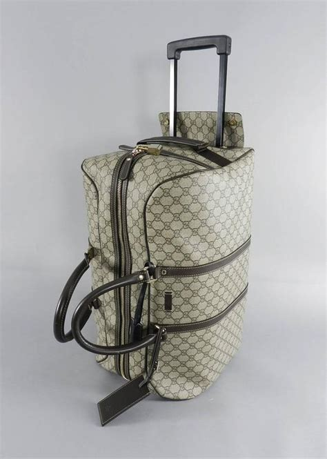 Tas Travel Bag Kanvas Gucci 1 gucci gg monogram brown canvas duffle rolling luggage carry on travel bag at 1stdibs
