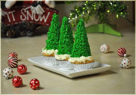 christmas recipes holiday recipes christmas tree cupcakes taco wreath