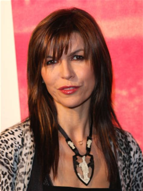 anna devine new hairstyle on gh finola hughes images anna devane wallpaper and background
