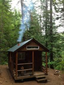 building a small cabin in the woods i haz a tiny cabin in the woods