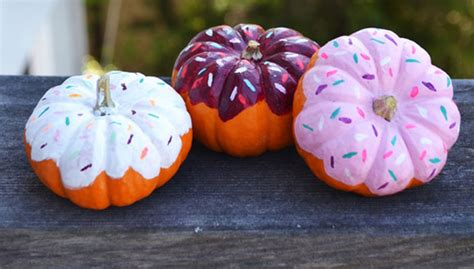 exquisite  creative  carve pumpkin decorating ideas