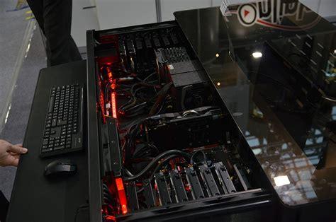 Custom Series Casing Hp Custom Berkualitas checking out lian li s pc chassis table and other cases at