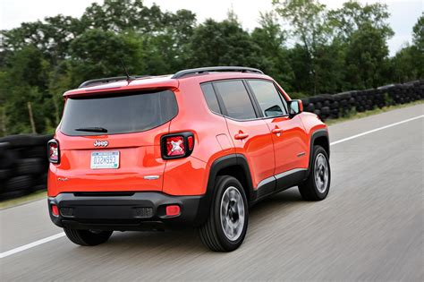 Jeep Motor Trend Car News 2017 Jeep Renegade Reviews And Rating Motor Trend