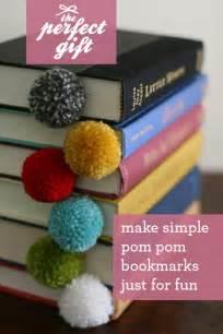 yarn ball bookmark diy easy yarn amp scissors