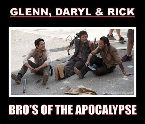 Walking Dead Memes Season 3 - best memes of the walking dead season 3