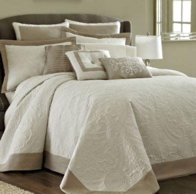 jcpenney queen size bedspreads bensonhurst bedspread jcpenney
