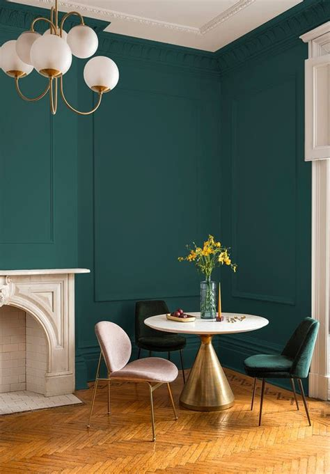 ppg paints  color   year   gorgeous green