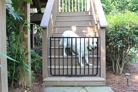 safety gitezcom outdoor safety gate pet gates dog gate cardinal gates