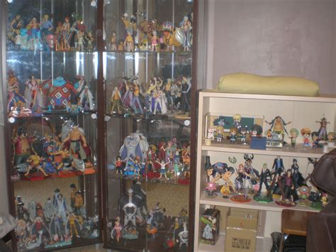 new pop cabinet 06 2011 pictures myfigurecollection