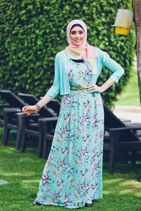 Gamis Floral Dress Floral Abu Abu colorful printed abaya with plain contrasted look style fashion ideas