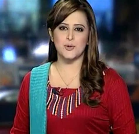 top 10 pakistani female news anchors top pakistan