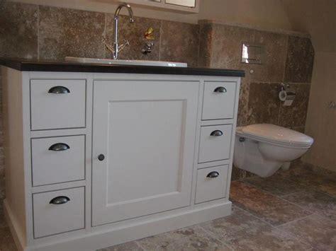 badezimmermöbel landhausstiel badezimmerm 246 bel landhausstil rheumri