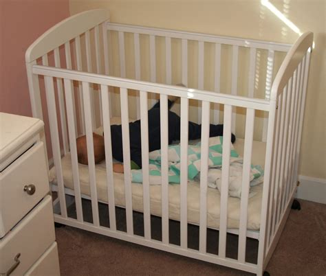 What Is A Mini Crib Used For White Mini Crib Item M6698w On Me Casco 3 In 1 Mini Crib And Dressing Table Combo White