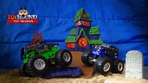 monster jam monster truck toys wheels monster jam boneyard bash playset 3 trucks